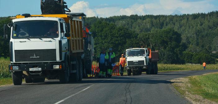 Начался капитальный ремонт участка дороги Кореличи-Валевка-Новоельня