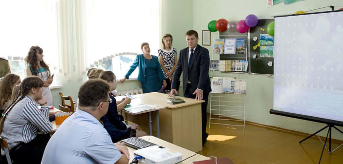Председатель ГТК Юрий Сенько посетил родную школу в Воронче (+видео)