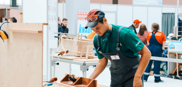 Молодой специалист Мирского колледжа победил на конкурсе «WorldSkills Belarus — 2020»