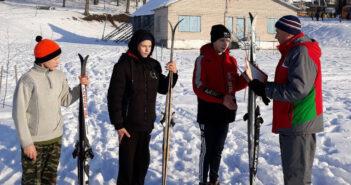 В Кореличах определились победители соревнований по лыжным гонкам
